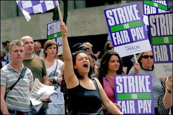 Unison Local Government strike 16-17 July in London, photo Paul Mattsson