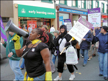 Unison strike 16-17 July 2008 in Kirklees, photo by Huddersfield Socialist Party