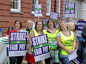 Unison Local Government strike on 16-17 July in Lincoln, photo by Lincoln Socialist Party