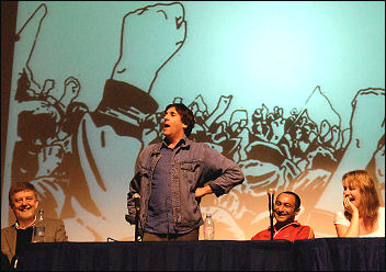 Mark Steel addresses the discussion forum at Socialism 2008, photo Paul Mattsson