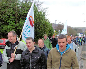 Hoover workers march off from the factory, photo by Socialist Party Wales