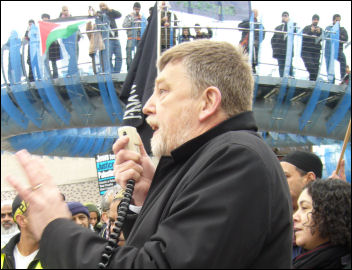 Dave Nellist addresses a No more ghettos: not Warsaw, not Gaza vigil