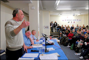 Public meeting on lessons of the Lindsey oil refinery strike with Keith Gibson and Jerry Hicks, photo Paul Mattsson