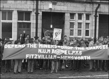 Miners strike 1984 - Protest outside Fitzwilliam Court by NUM and the Labour Party Young Socialists, photo Dave Sinclair