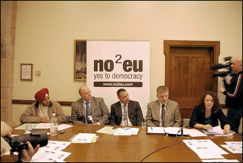 Press conference as RMT launches Euro challenge in 2009, photo Suzanne Beishon