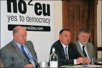 No2EU - Yes to Democracy press launch. Bob Crow, Brian Denny, Dave Nellist, photo Suzanne Beishon