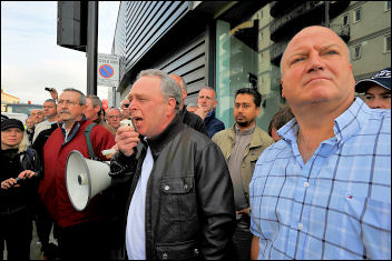 Bob Crow and Keith Gibson address the construction workers day of action at the Olympics site, photo Paul Mattsson