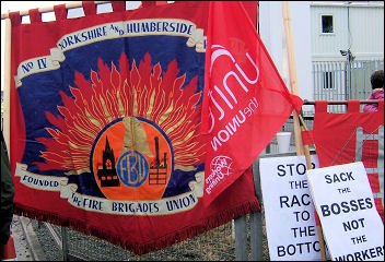 Lindsey Oil Refinery construction workers strike, photo Sean Figg