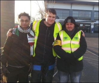 PCS strikers at Leeds DVLA, photo by Iain Dalton