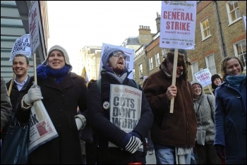 Lobbying the TUC for a 24-hour general strike, 11.12.12, photo by Paul Mattsson