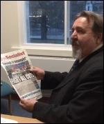 Don Thomas, Southampton rebel councillor, reading The Socialist, photo  Socialist Party
