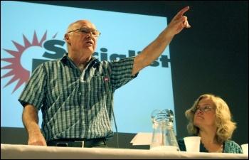 Peter Taaffe at Socialist Party congress 2013, photo Senan