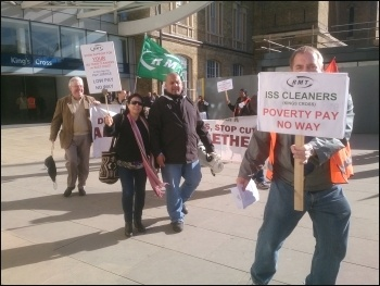 ISS cleaners on the East Coast  mainline on strike, London, 16.9.13, photo by Chris Newby