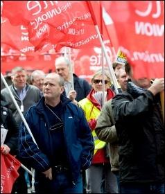 Unite members marching, photo Paul Mattsson