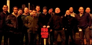 Gipton fire station pickets, 1.11.13, photo by Iain Dalton
