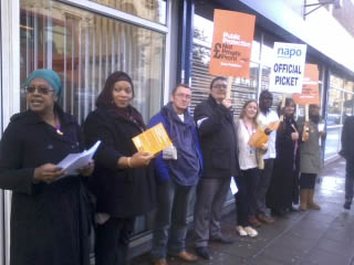 Picket outside the probation service office in Bethnal Green, East London. , photo Naomi Byron
