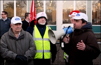 NSSN chair Rob Williams speaking at the Brentwood Visteon pensioners' protest, 18.12.13