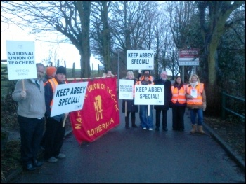 Strike at Abbey school in Kimberworth, Rotherham, 16.1.14, photo A Tice