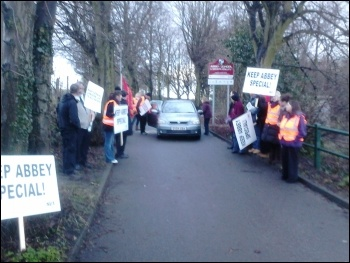 Strike at Abbey school in Kimberworth, Rotherham, 16.1.14