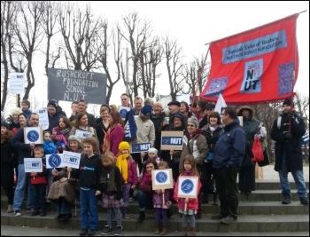 Teachers rallying in Walthamstow, 26.3.14, photo by N. Taaffe