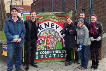 In Hackney, 26.3.14, photo by O. Corke