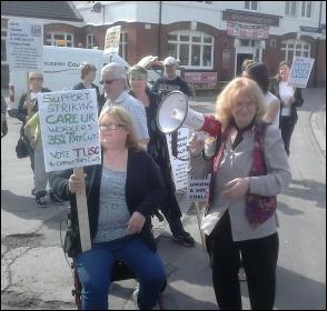 Lobbying Ed Miliband, 25.4.14, photo A Tice
