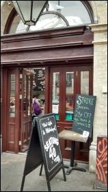 Cafe next to Whitechapel tube, 29.4.14, photo N Byron