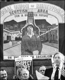 Arthur Scargill addresses the striking  miners during the 1983-84 miners strike, photo by Militant
