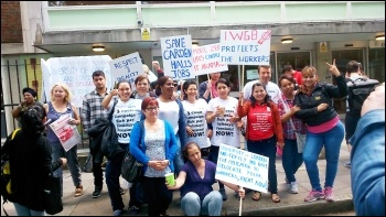 3Cosas strike, London, 10.6.14, photo by Tom Baldwin