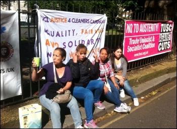 3Cosas strike, London, 10.6.14, photo by Paula Mitchell