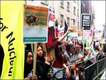 Demonstrating outside the Israeli embassy in London, 11.7.14, photo Paula Mitchell