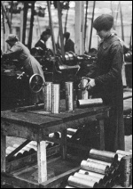 Women munitions workers during World War One
