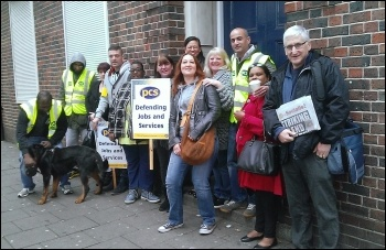 PCS strike, East Ham job centre, 15.10.14, photo Bob Severn