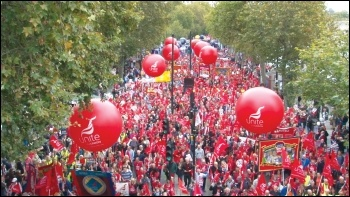 100,000 marched for a pay rise and against austerity on 18 October 2014, photo by Pete Mason