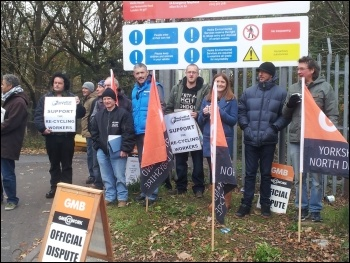 Sheffield recycling workers on strike, November 2014, photo by A Tice