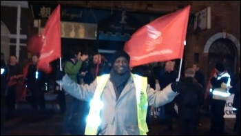 Putney garage, Unite London bus strike, 13.1.15, photo by C Newby