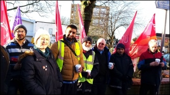 Suzanne Muna at Leyton garage, Unite London bus strike, 13.1.15