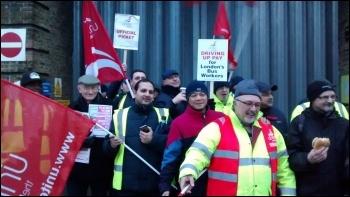 Bow garage, Unite London bus strike, 13.1.15, photo by N Byron