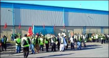 Bradford bus workers on strike, 27.4.15