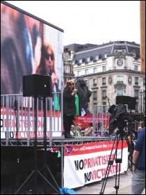 Janice Godrich, PCS president, chairing the rally, photo J Beishon