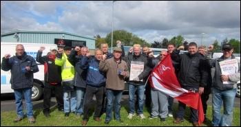 Kone strikers, Gateshead, June 2015, photo Elaine Brunskill