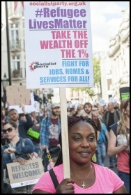 Solidarity with refugees, marching in London on 12.9.15, photo by Paul Mattsson