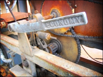 The rusty wheels of the world economy, photo by spDuchamp (Creative Commons)