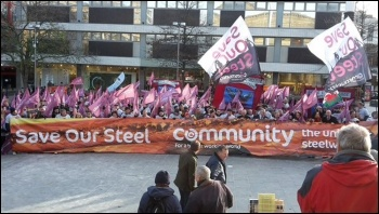 Steel workers march in Sheffield, November 2015, photo Sam Morecroft