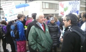 Dennis Skinner MP visiting the picket line at St Thomas', photo by Bill Mullins