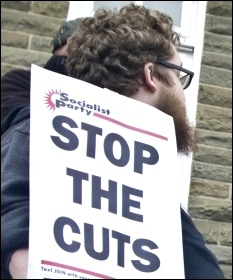 Stop the cuts!