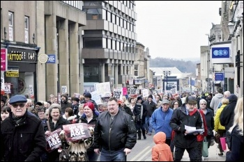Huddersfield demo against A&E closure, 27.2.16, photo by Iain Dalton