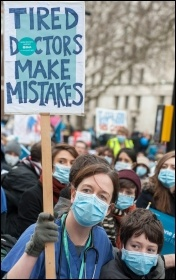 Junior doctors march against attacks on NHS and their contracts, photo Paul Mattsson