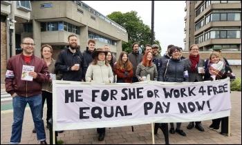 UCU strike 25.5.16, Leicester, photo by Steve Score