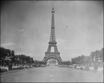 The Eiffel Tower, photo from US Library of Congress